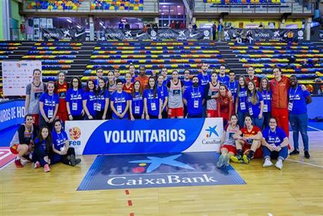El Programa de Voluntarios FEB - CaixaBank cumple cuatro años con un notable éxito de participación y resultados