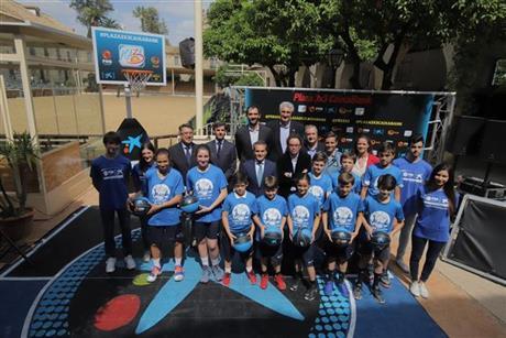 Córdoba lanza el salto inicial del Plaza 3x3 CaixaBank 2018