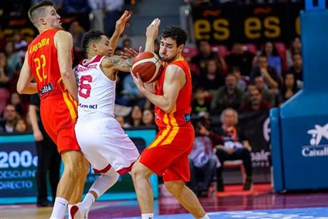 69-80 España no puede con una buena Polonia en Zaragoza