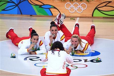 Un broche de gloria olímpica para otro verano de medalla